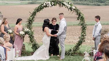 wedding ceremony officiant in Davenport, IA